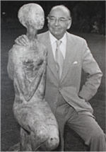 Claudio With Statue