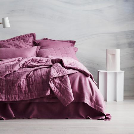 Abbotson Linen Bed Cover in crocus