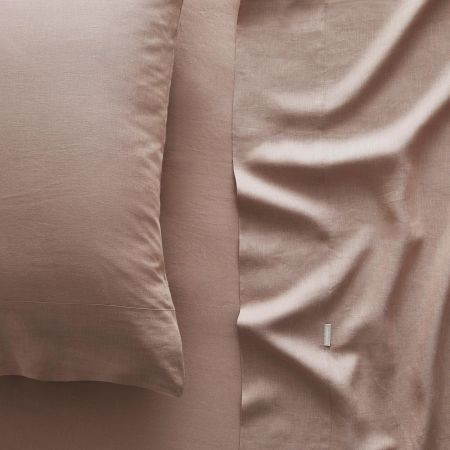 Abbotson Linen Fitted Sheet in clay