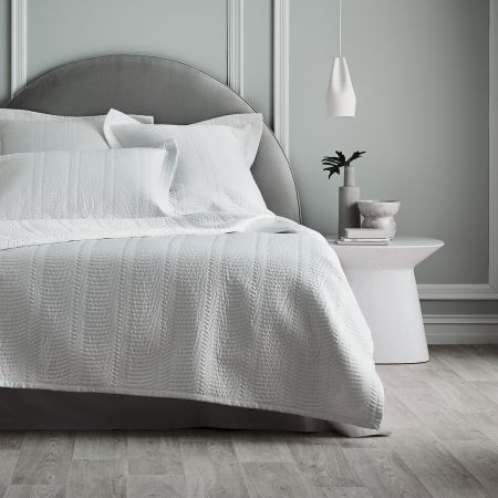 Sheridan Mayberry Bed Cover White