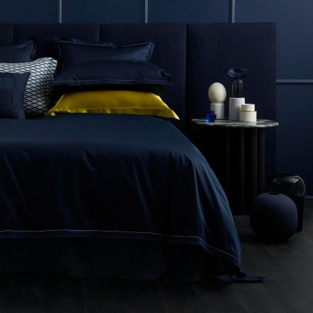 1200tc Garrow Tailored Quilt Cover in midnight