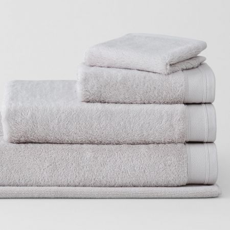 Supersoft Luxury Towel Collection in pebble