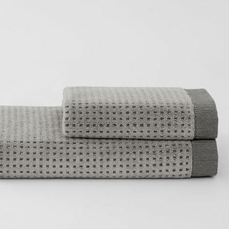 Cyrus_Dust_2-Stack-Towel-Collection