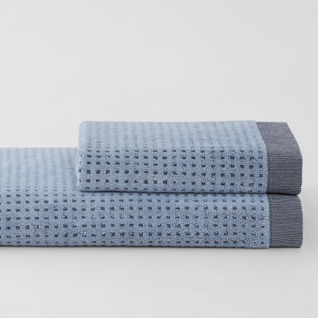 Cyrus_Chambray_2-Stack-Towel-Collection