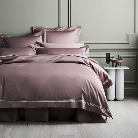 1200tc Palais Lux Quilt Cover in Fig