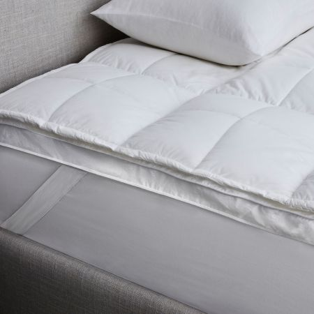 Sheridan Deluxe Dream Bed Topper White