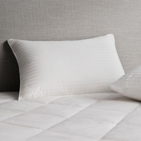 Sheridan Deluxe Feather & Down Pillow Snow