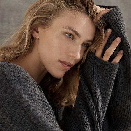 Statuette Knit Sweater