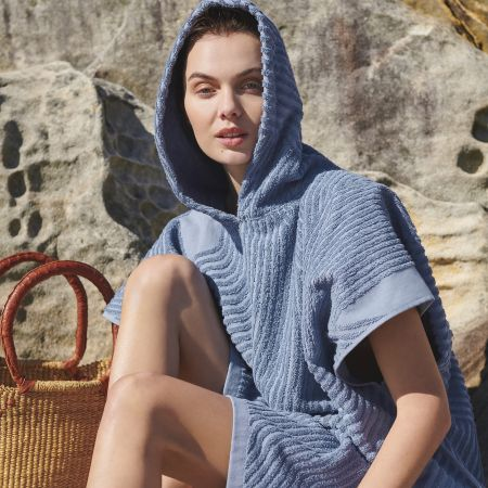Northcove Adult Beach Poncho in Marlin